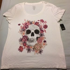 ROSE SKULL SCOOP TEE